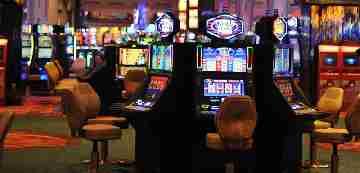 výherné automaty ruleta blackjack baccarat craps